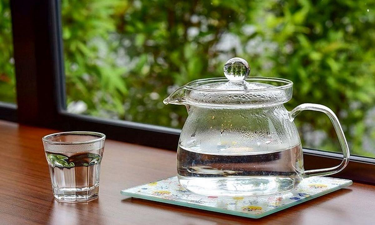 فواید نوشیدن آب داغ؛ کاهش استرس تا کمک به گوارش