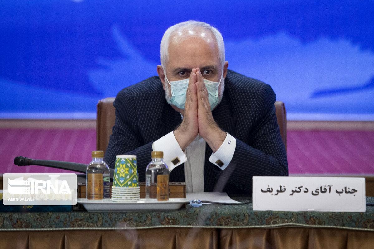 ظریف برای حضور در انتخابات ۱۴۰۰ چراغ سبز نشان داد