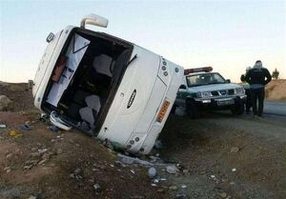 تصادف اتوبوس در یزد 21 مصدوم و 4 فوتی +اسامی مصدومان