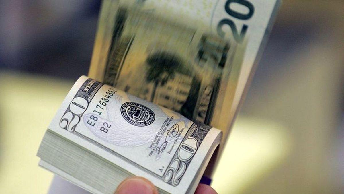 قیمت دلار چقدر می شود؟