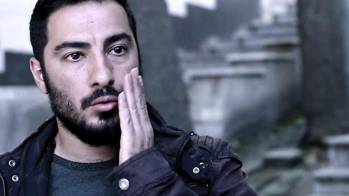 انتقاد شدید پرویز پرستویی به نوید محمدزاده